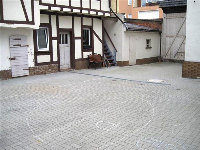 2008-Aussenanlage-Hausen-03