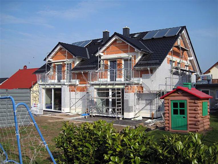 2010-Neubau-Doppelhaus-Hausen-02